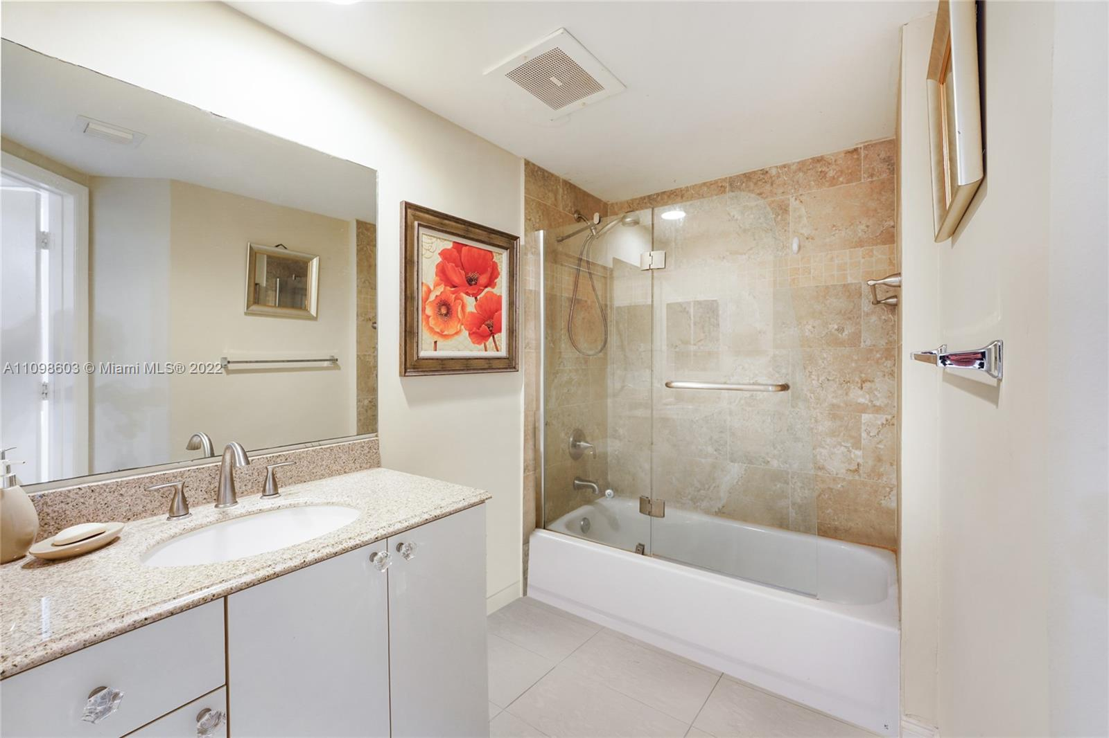 9201 Collins Ave #624 photo013