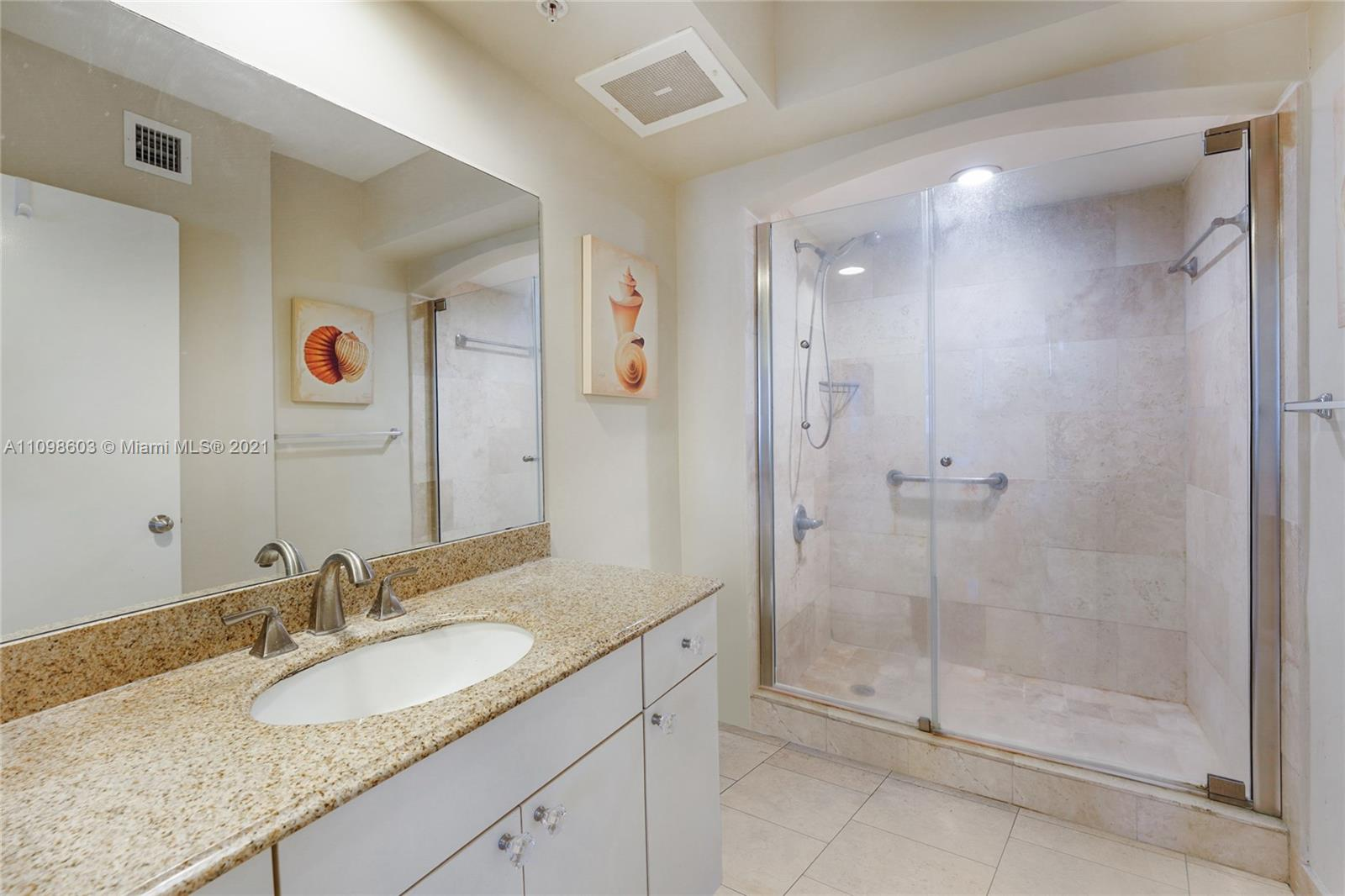 9201 Collins Ave #624 photo012