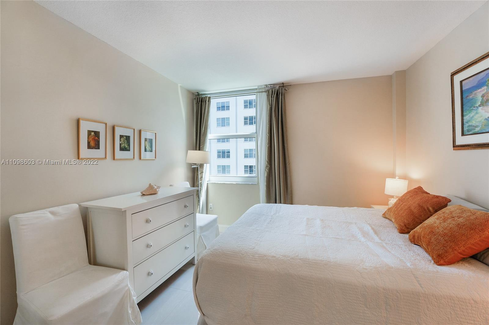 9201 Collins Ave #624 photo011