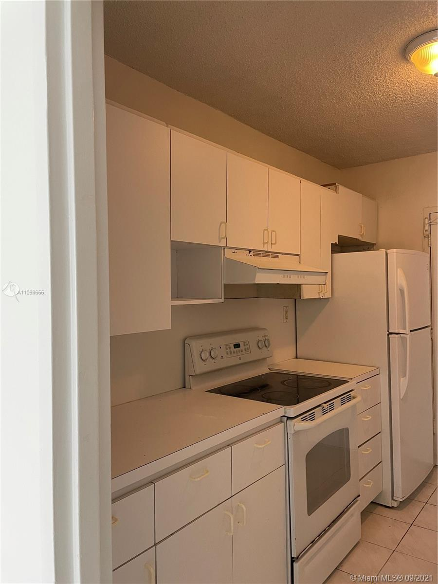 5401 COLLINS  AVE #513 photo013