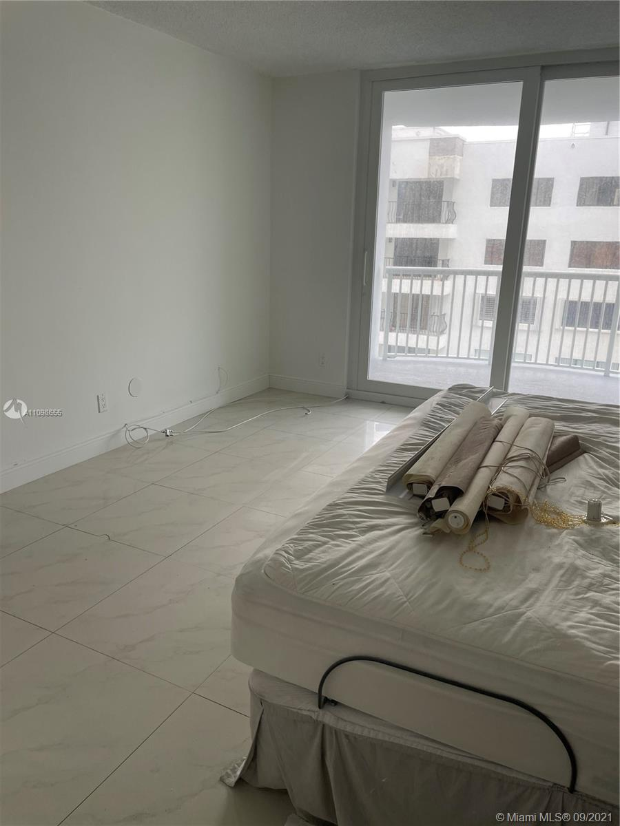 5401 COLLINS  AVE #513 photo010