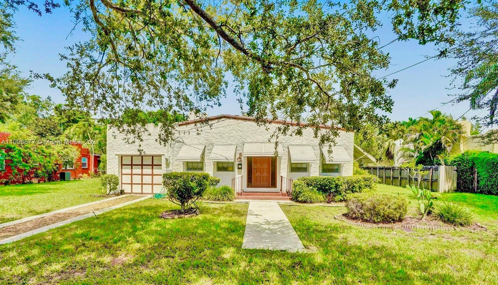 Single Family Home For Sale GRIFFING BISCAYNE PARK ES2,460 Sqft