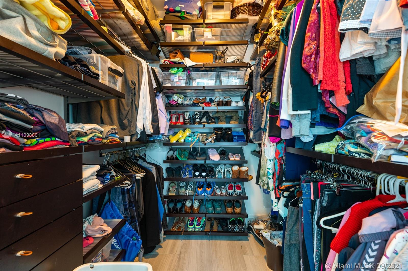 951 Brickell Ave #600 photo010