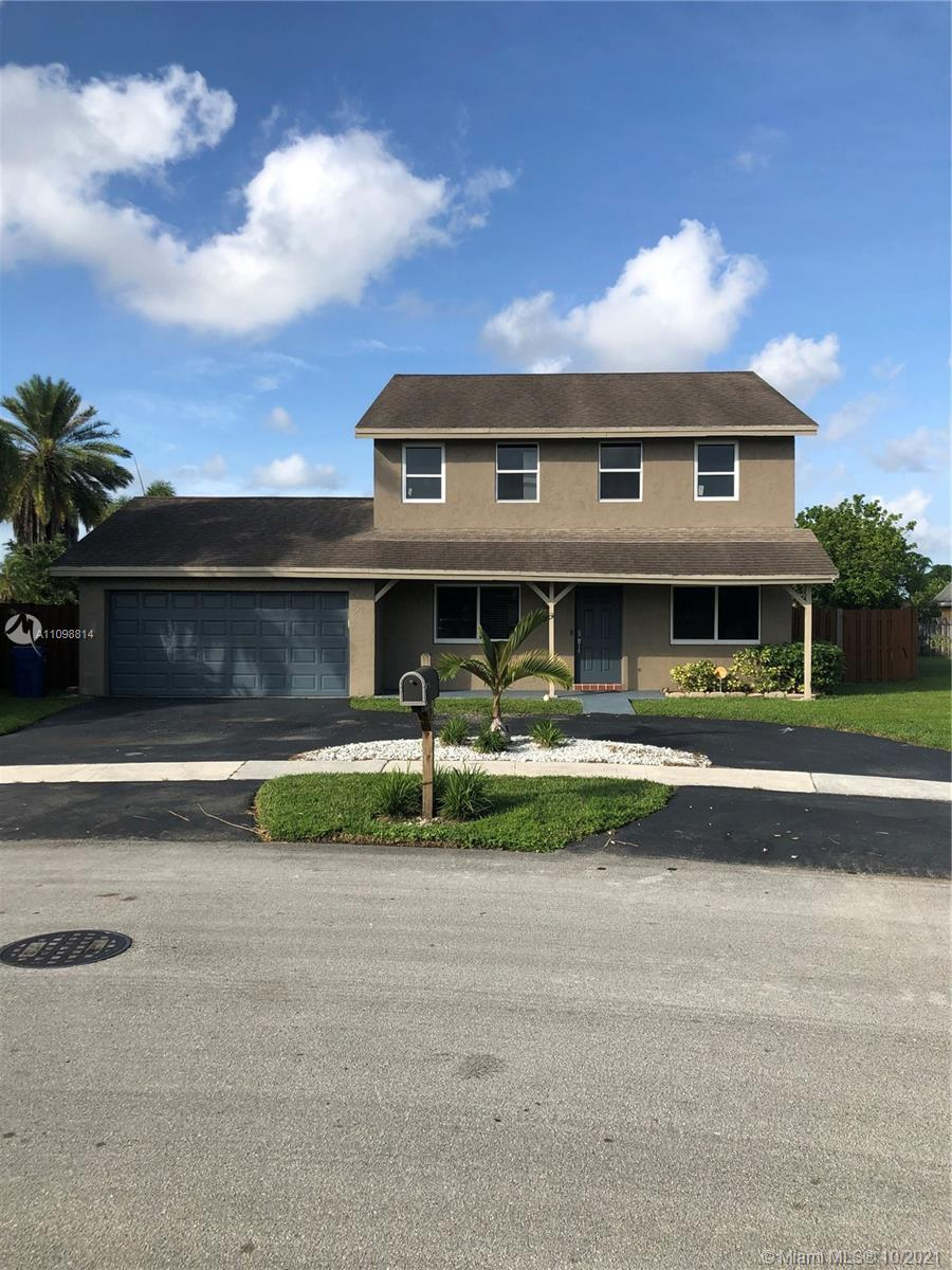 Sunrise Golf Village - 3701 NW 118th Ter, Sunrise, FL 33323