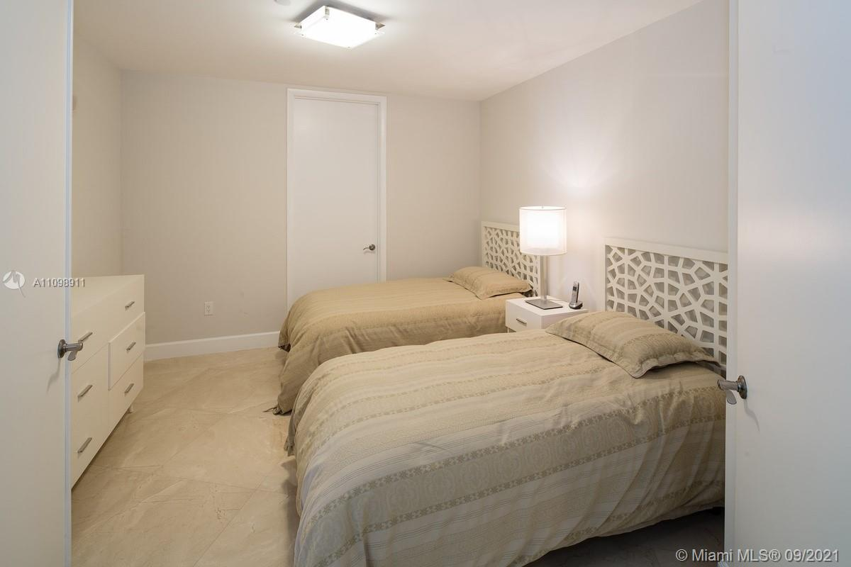 15811 Collins Ave #2603 photo022