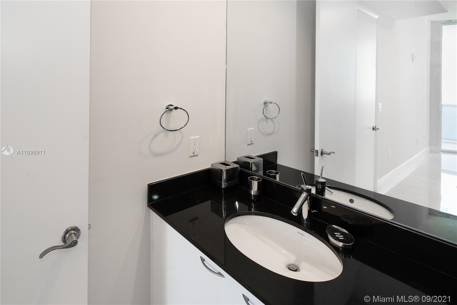 15811 Collins Ave #2603 photo021