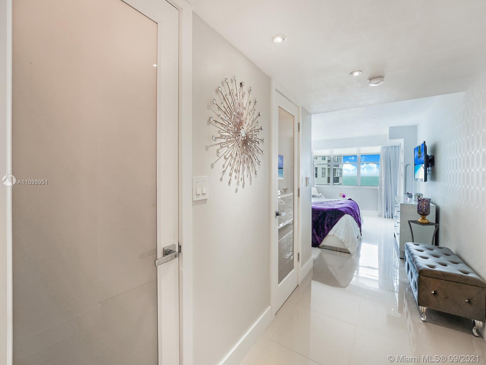6039 Collins Ave #1611 photo012
