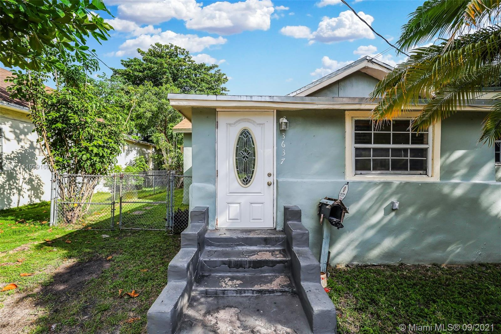 Single Family Home,For Sale,3637 Frow Ave, Miami, Florida 33133,Brickell,realty,broker,condos near me
