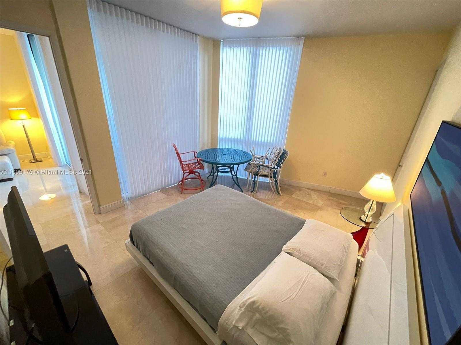 15811 Collins Ave #404 photo018