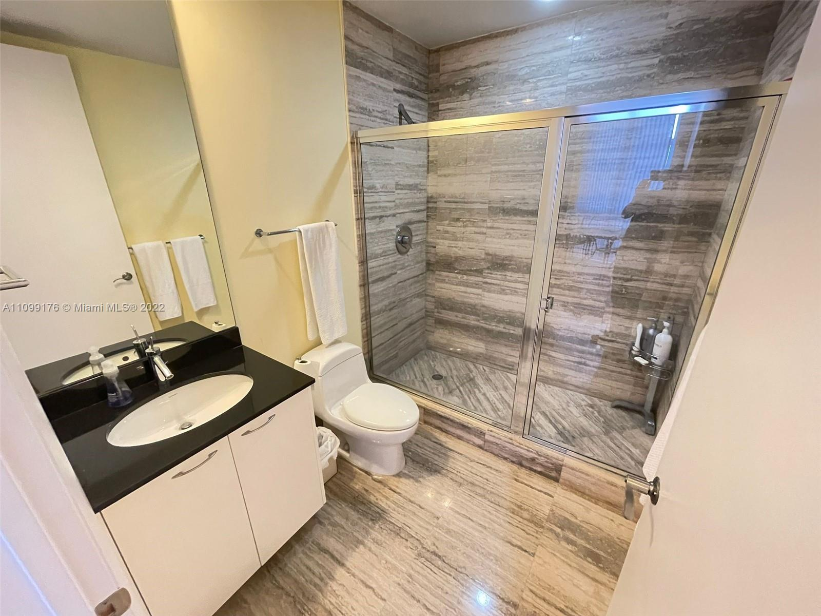 15811 Collins Ave #404 photo019