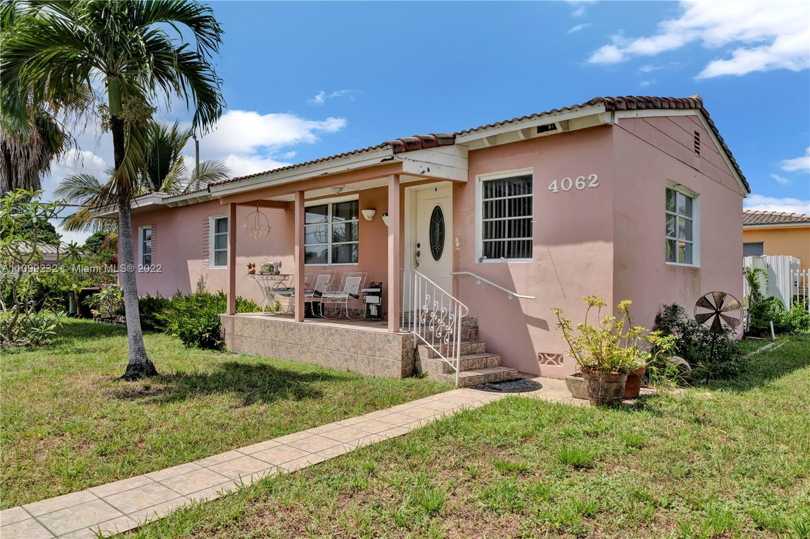 Single Family Home,For Sale,4062 E 1st Ave, Hialeah, Florida 33013,Brickell,realty,broker,condos near me