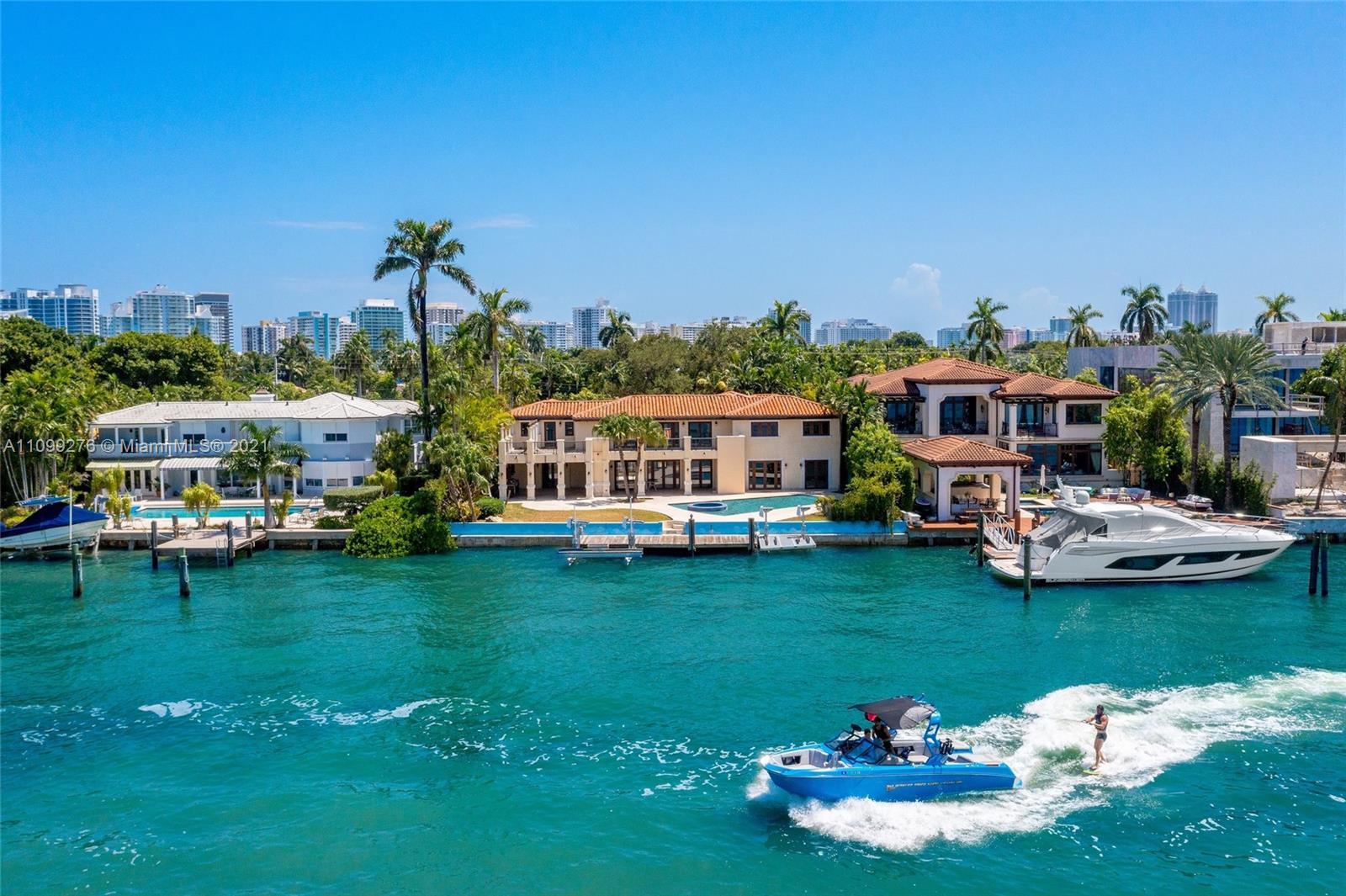 La Gorce Golf - 6300 N Bay Rd, Miami Beach, FL 33141