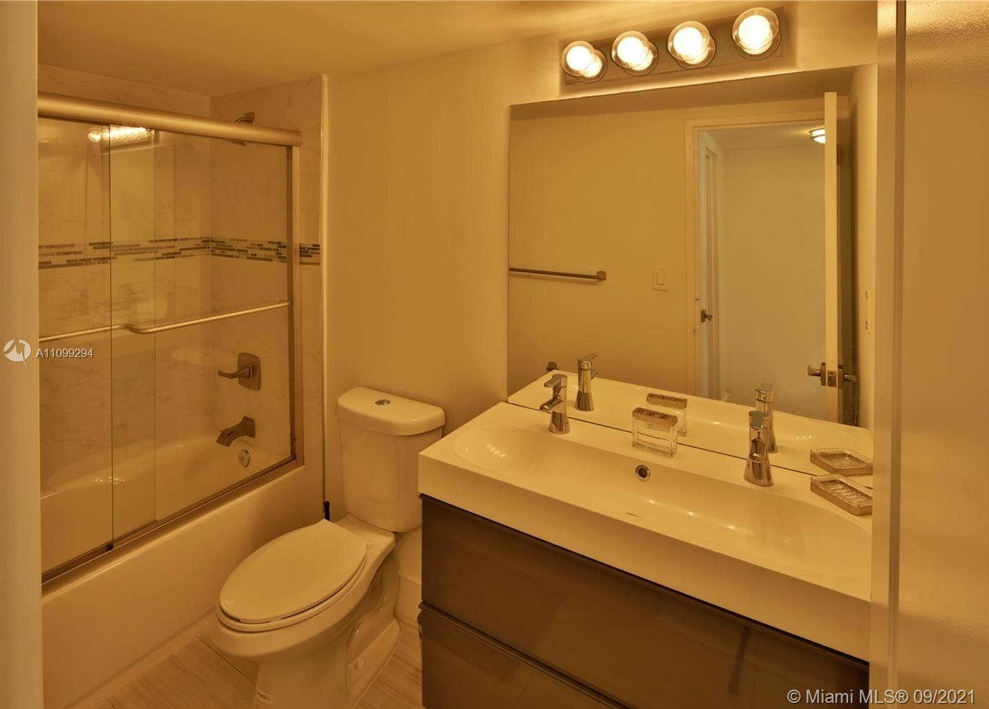 5151 S Collins Ave #928 photo016