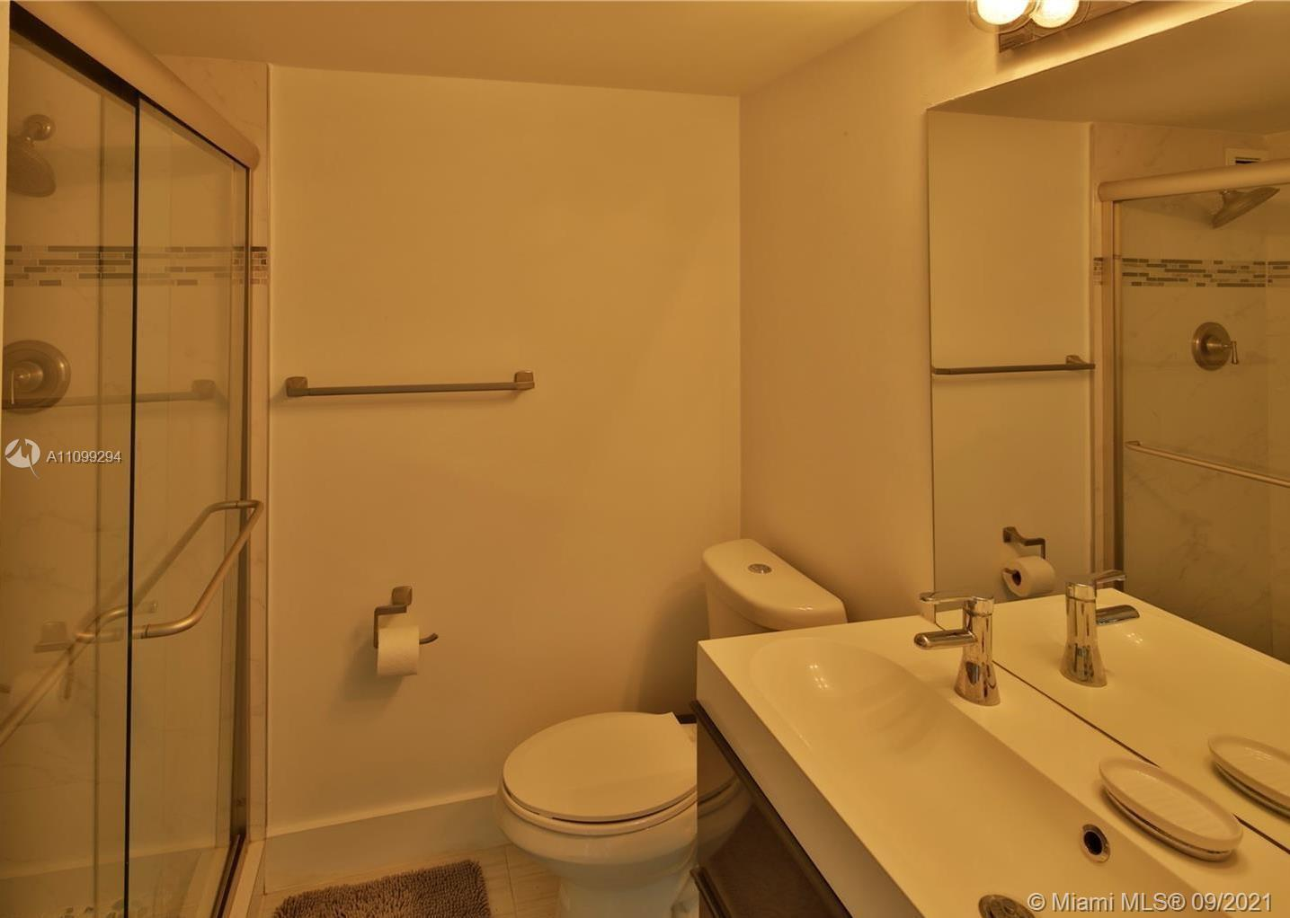5151 S Collins Ave #928 photo014