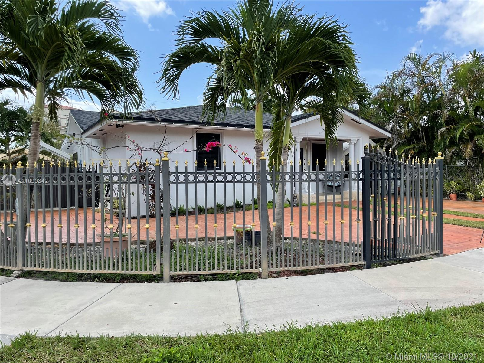 Single Family Home,For Sale,5250 SW 6th St, Miami, Florida 33134,Brickell,realty,broker,condos near me