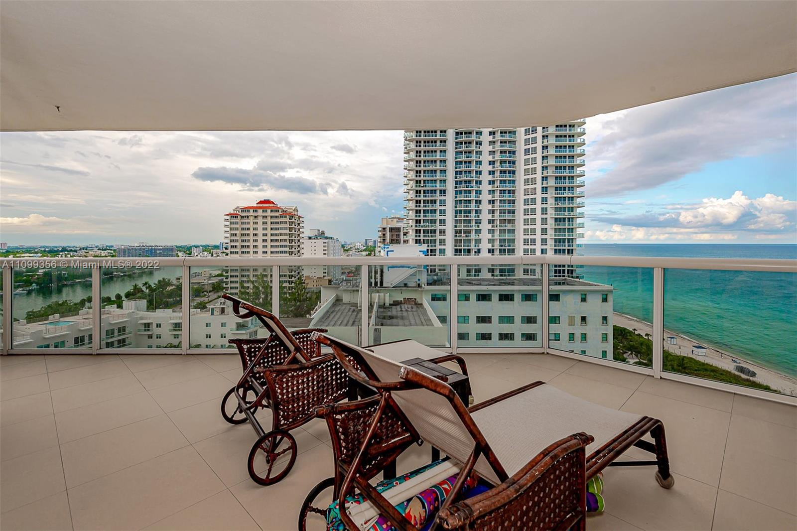 6301 Collins Ave #1608 photo027