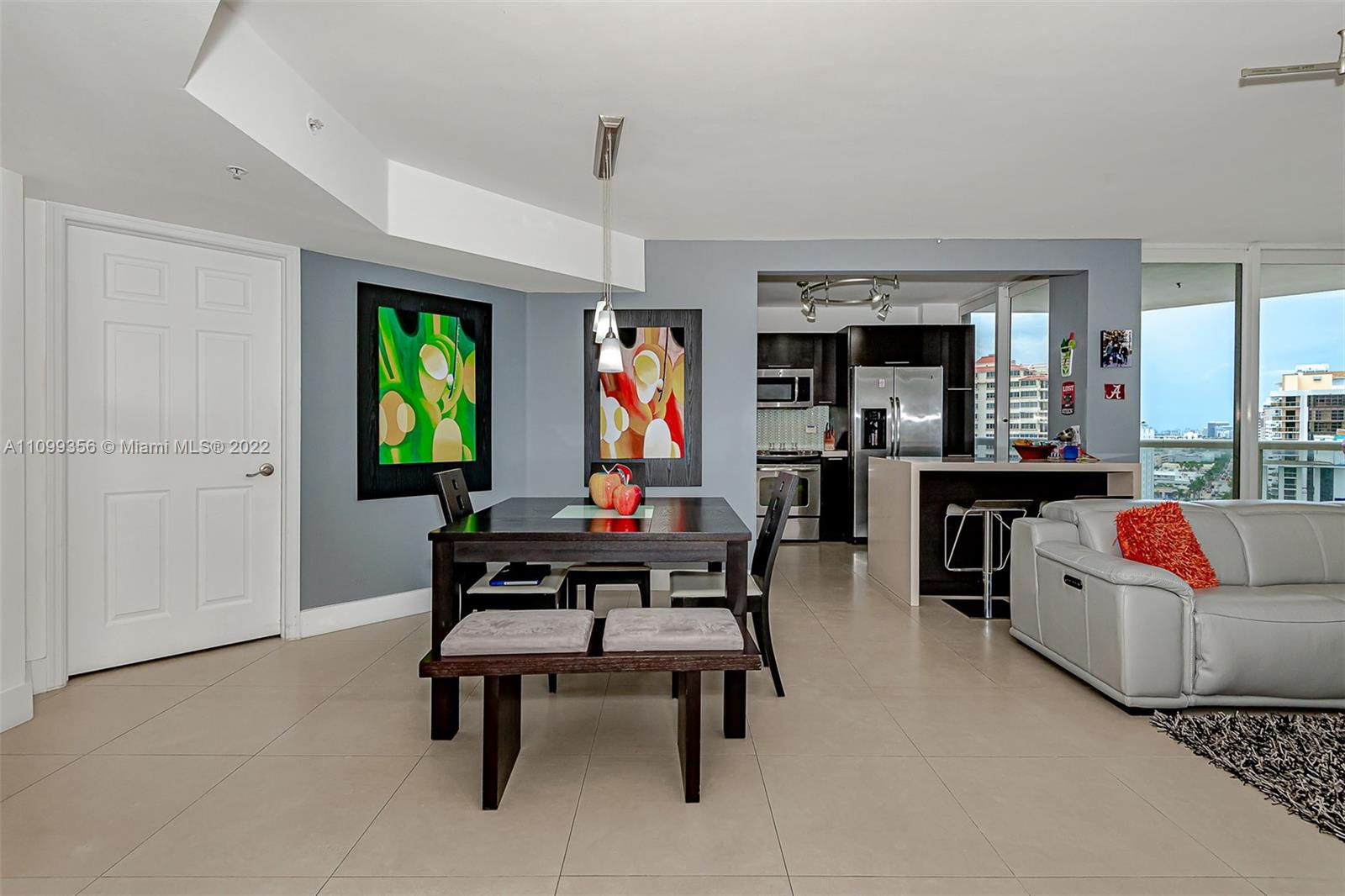6301 Collins Ave #1608 photo09