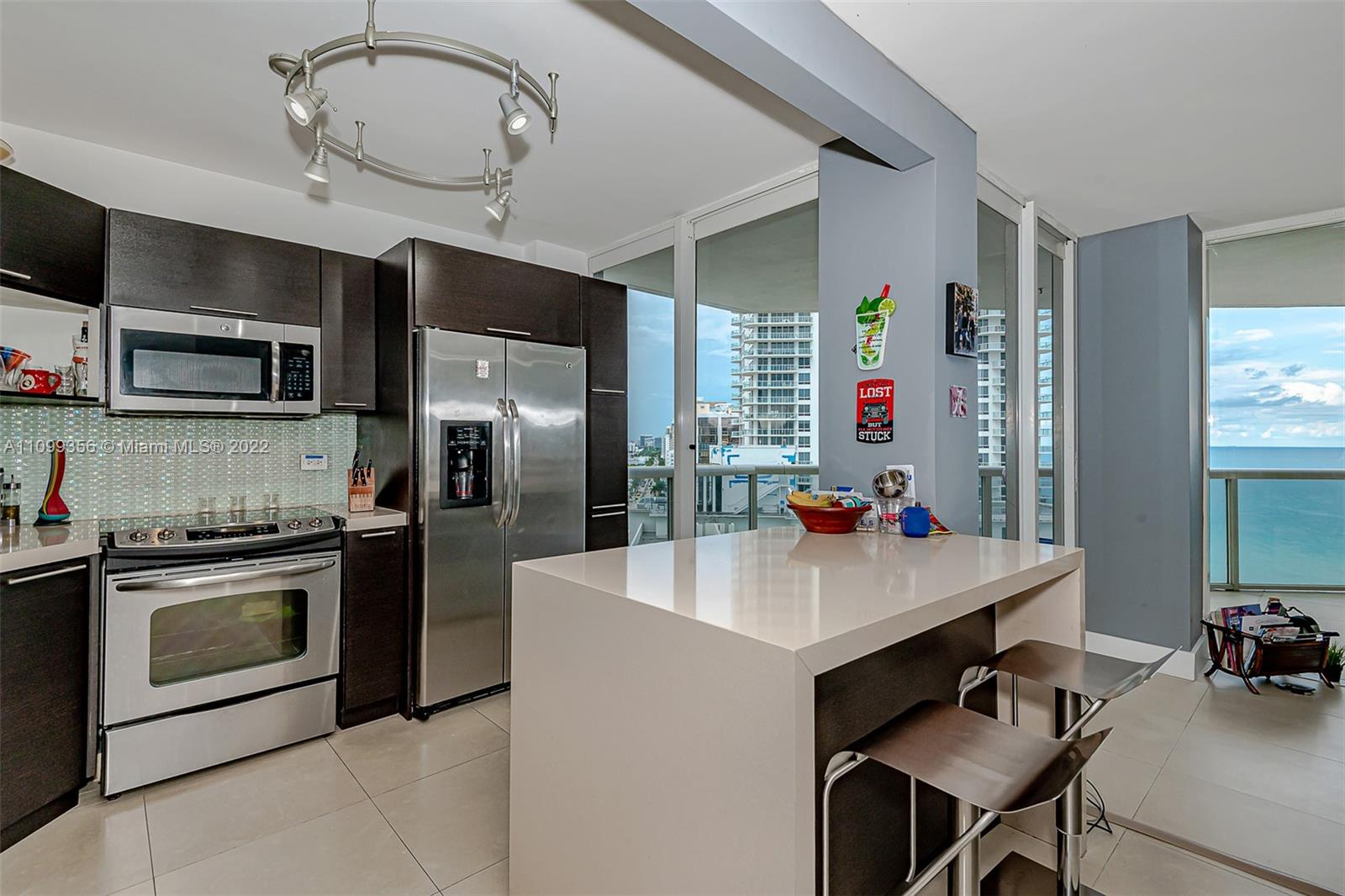 6301 Collins Ave #1608 photo010