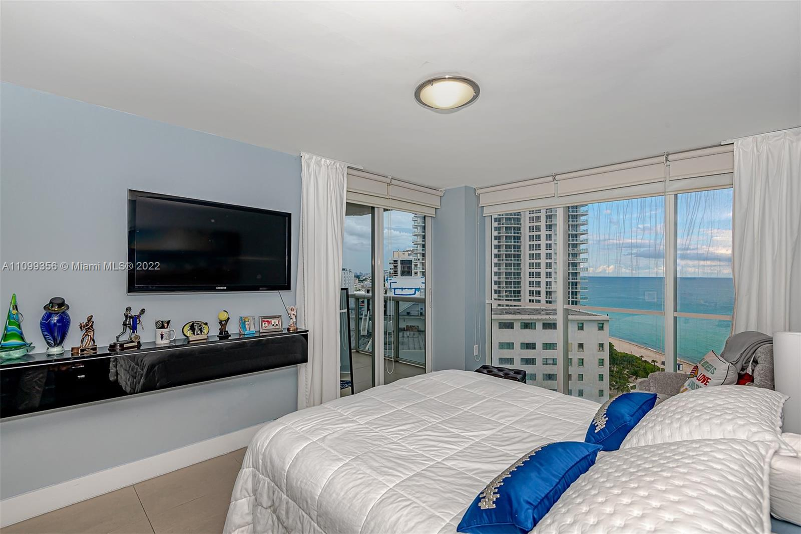 6301 Collins Ave #1608 photo015