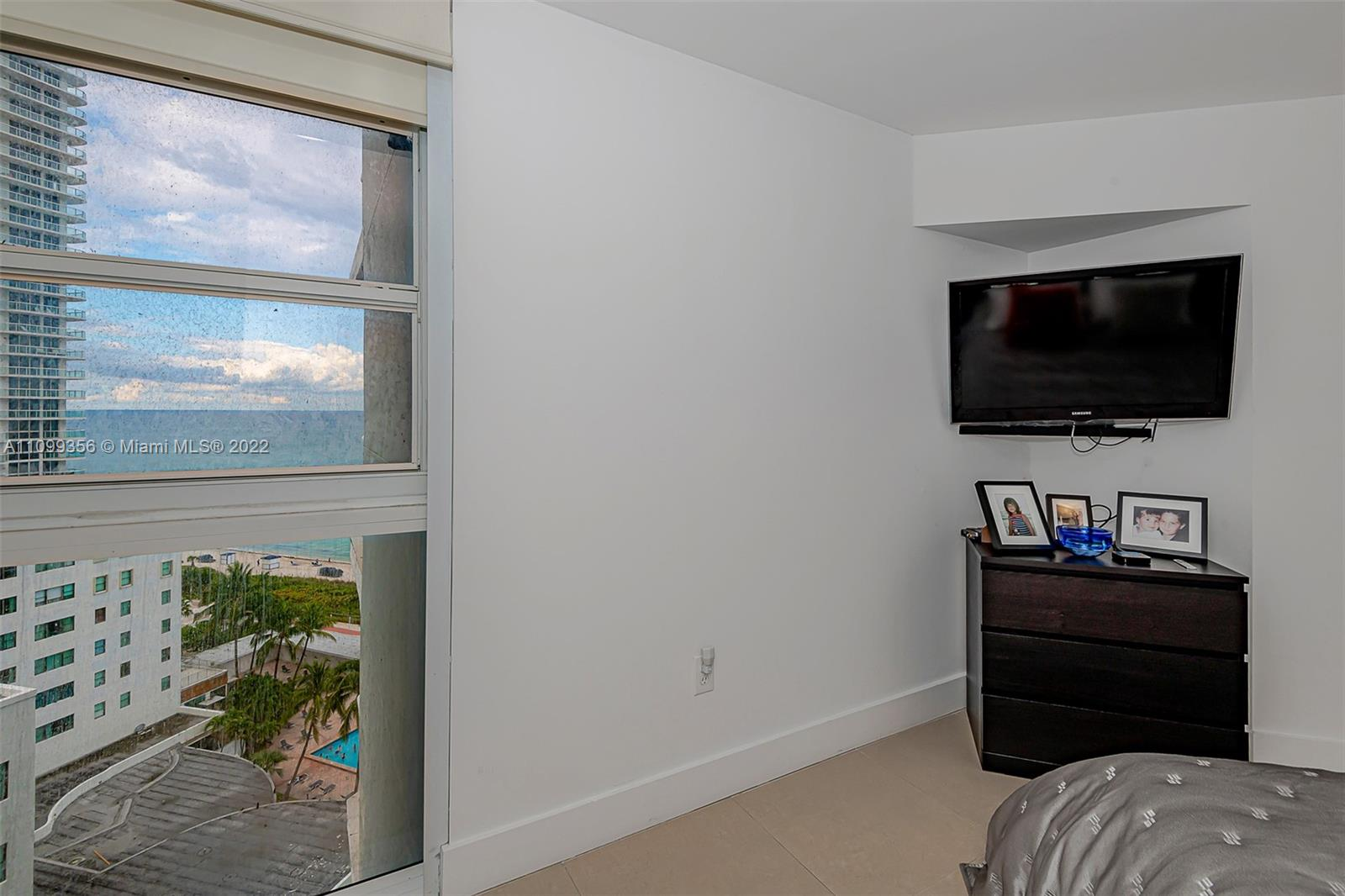 6301 Collins Ave #1608 photo021
