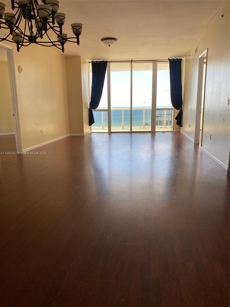 16001 Collins Ave #707 photo06