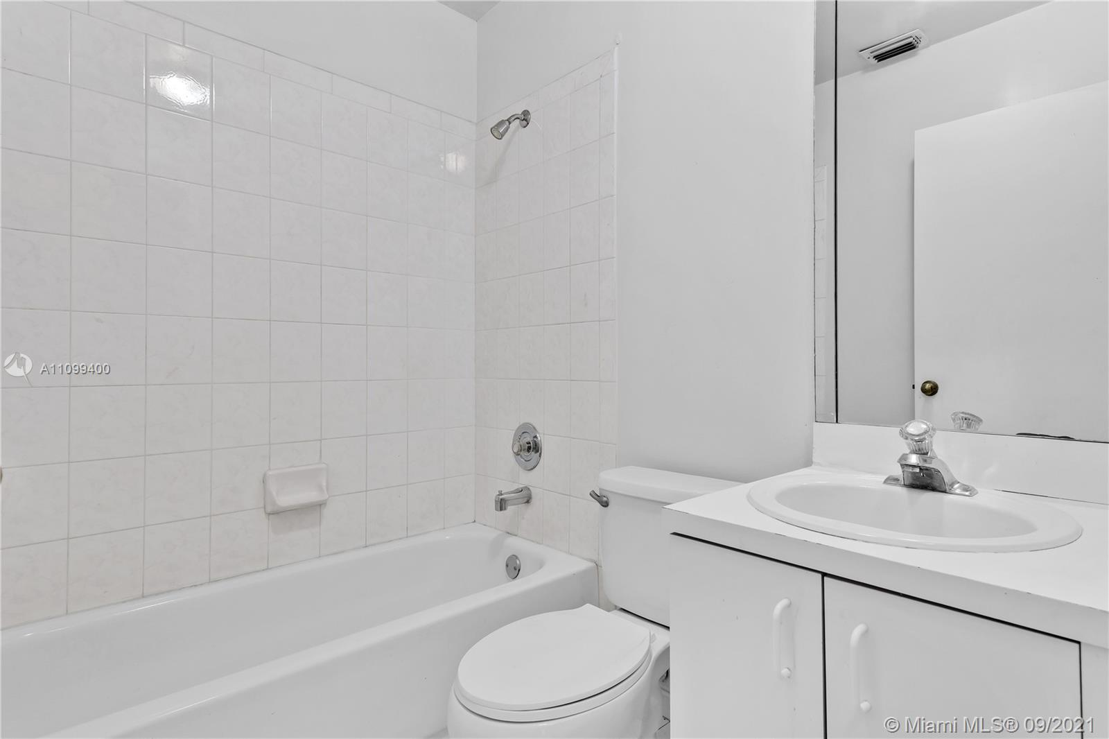 14876 SW 96th Ter photo024