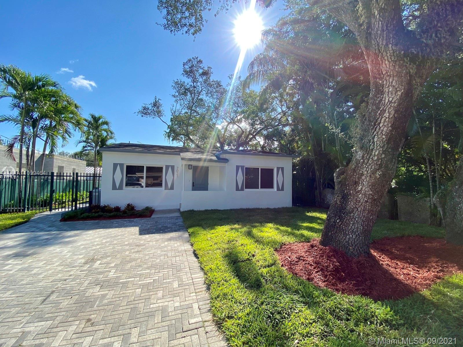 Single Family Home,For Rent,7021 SW 63rd Ct #., South Miami, Florida 33143,Brickell,realty,broker,condos near me