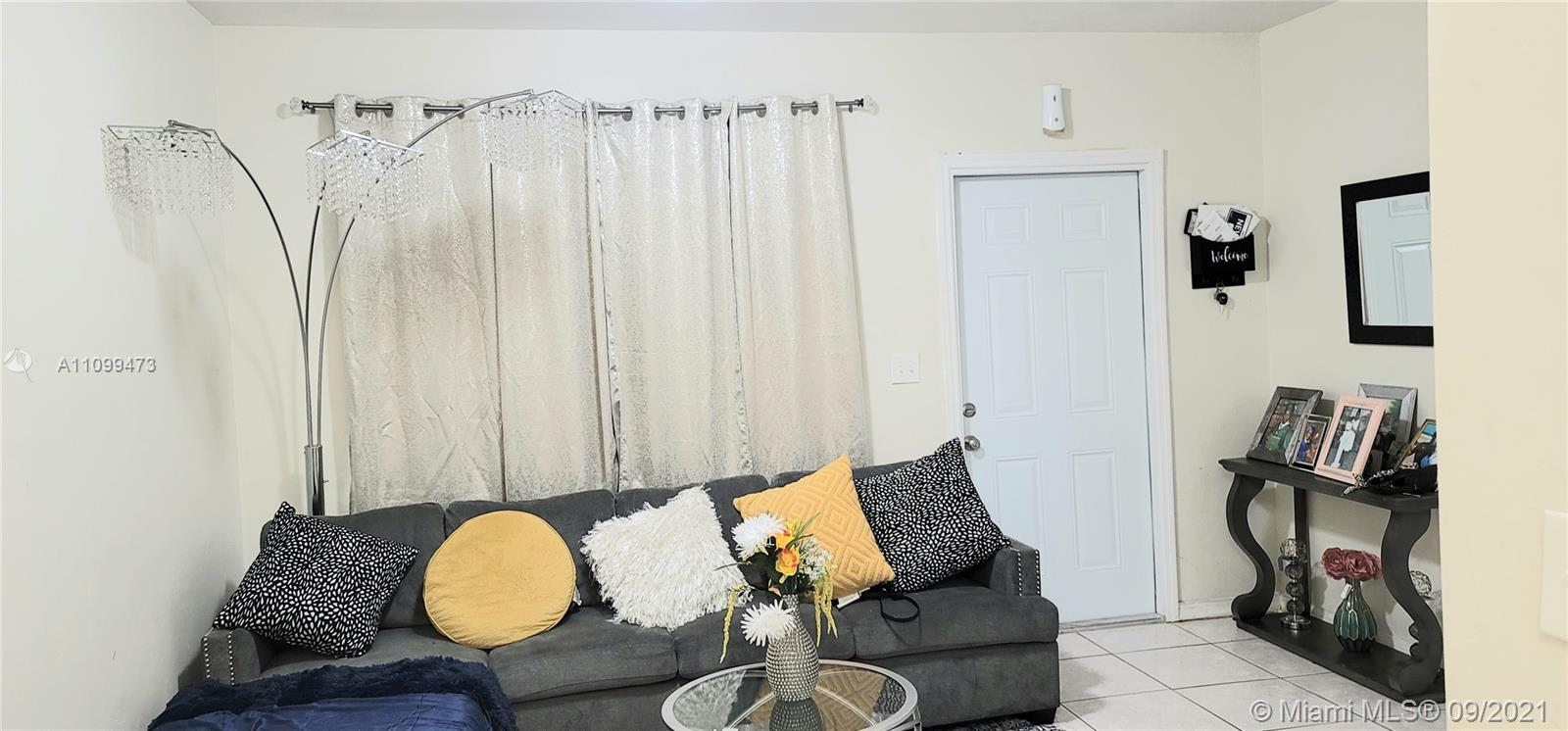 Residential Income For Sale at 925 North Miami