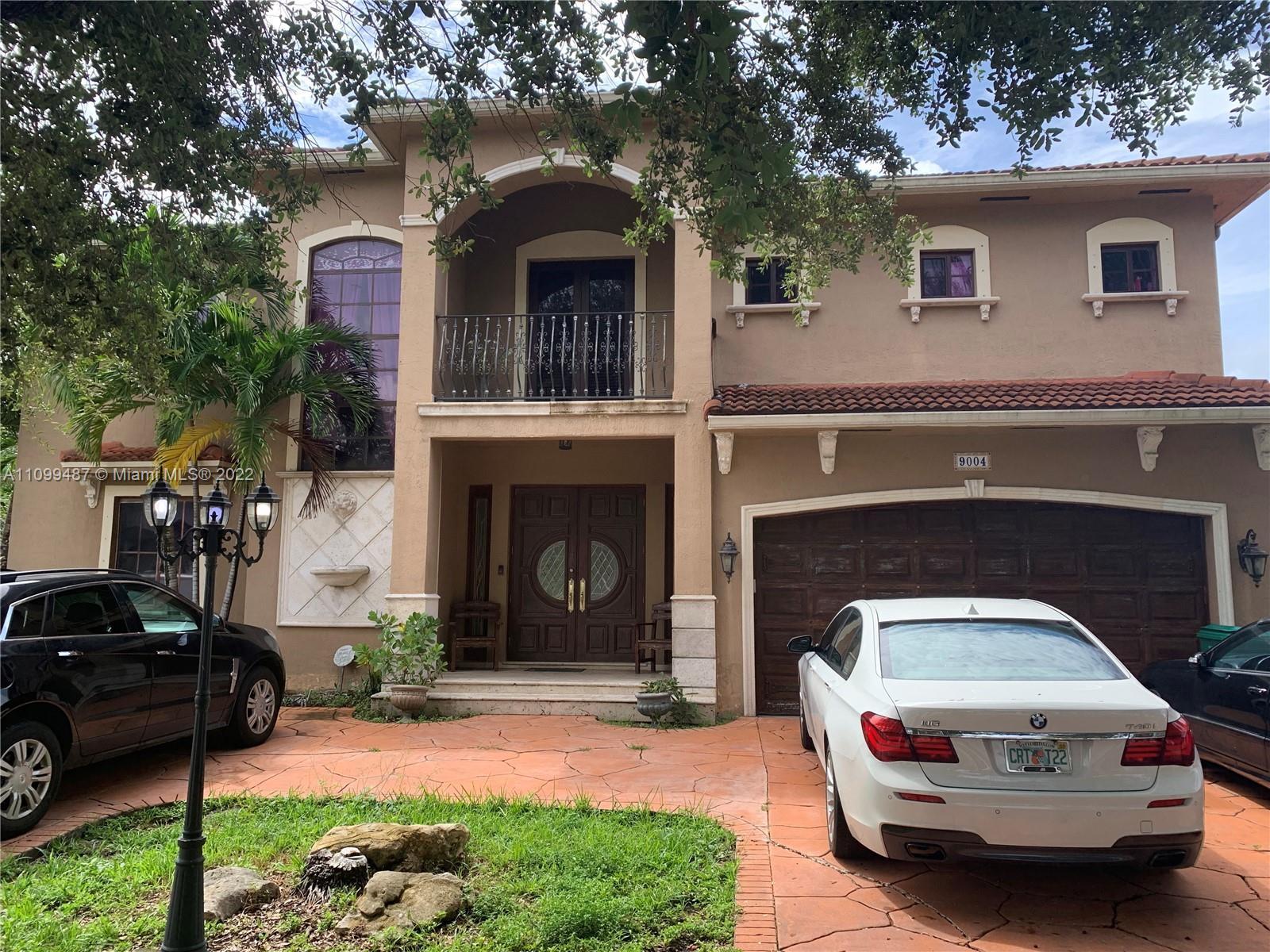 Single Family Home For Sale WEST LAKES ESTATES SUB3,238 Sqft