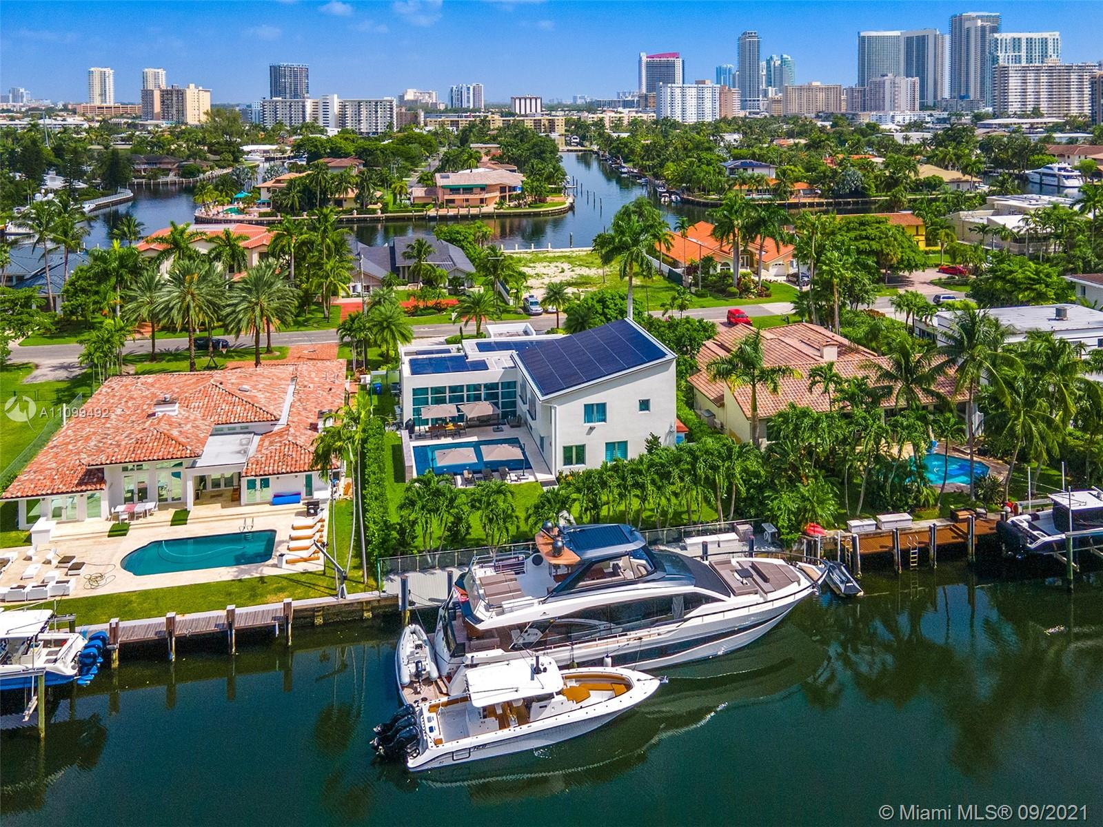Golden Isles - 307 Holiday Dr, Hallandale Beach, FL 33009