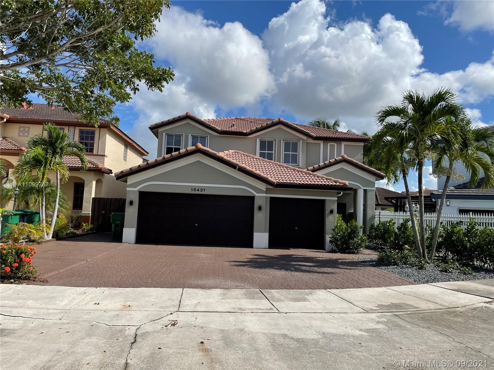 Single Family Home,For Sale,15431 SW 39th Ter, Miami, Florida 33185,Brickell,realty,broker,condos near me