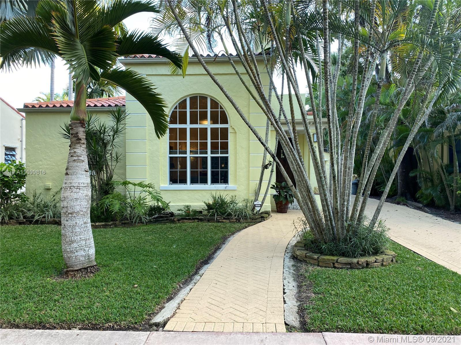 Single Family Home,For Rent,544 San Lorenzo Ave, Coral Gables, Florida 33146,Brickell,realty,broker,condos near me