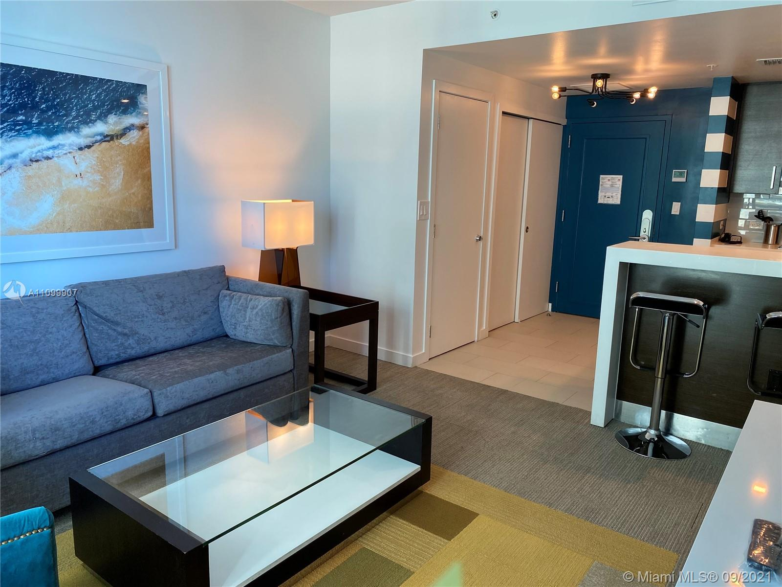 17315 Collins Ave #809 photo05