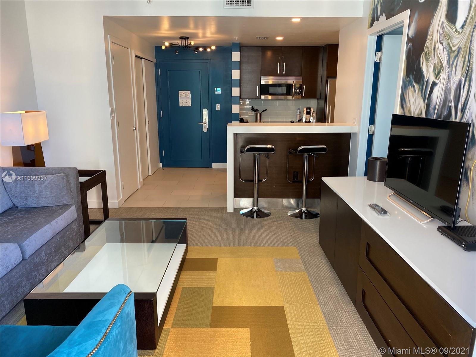17315 Collins Ave #809 photo09