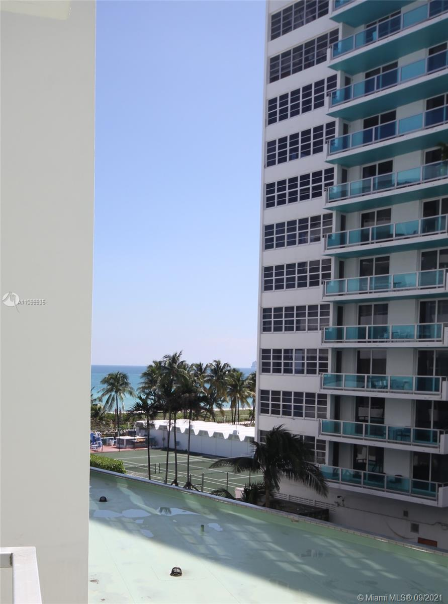 5151 Collins Ave #528 photo025