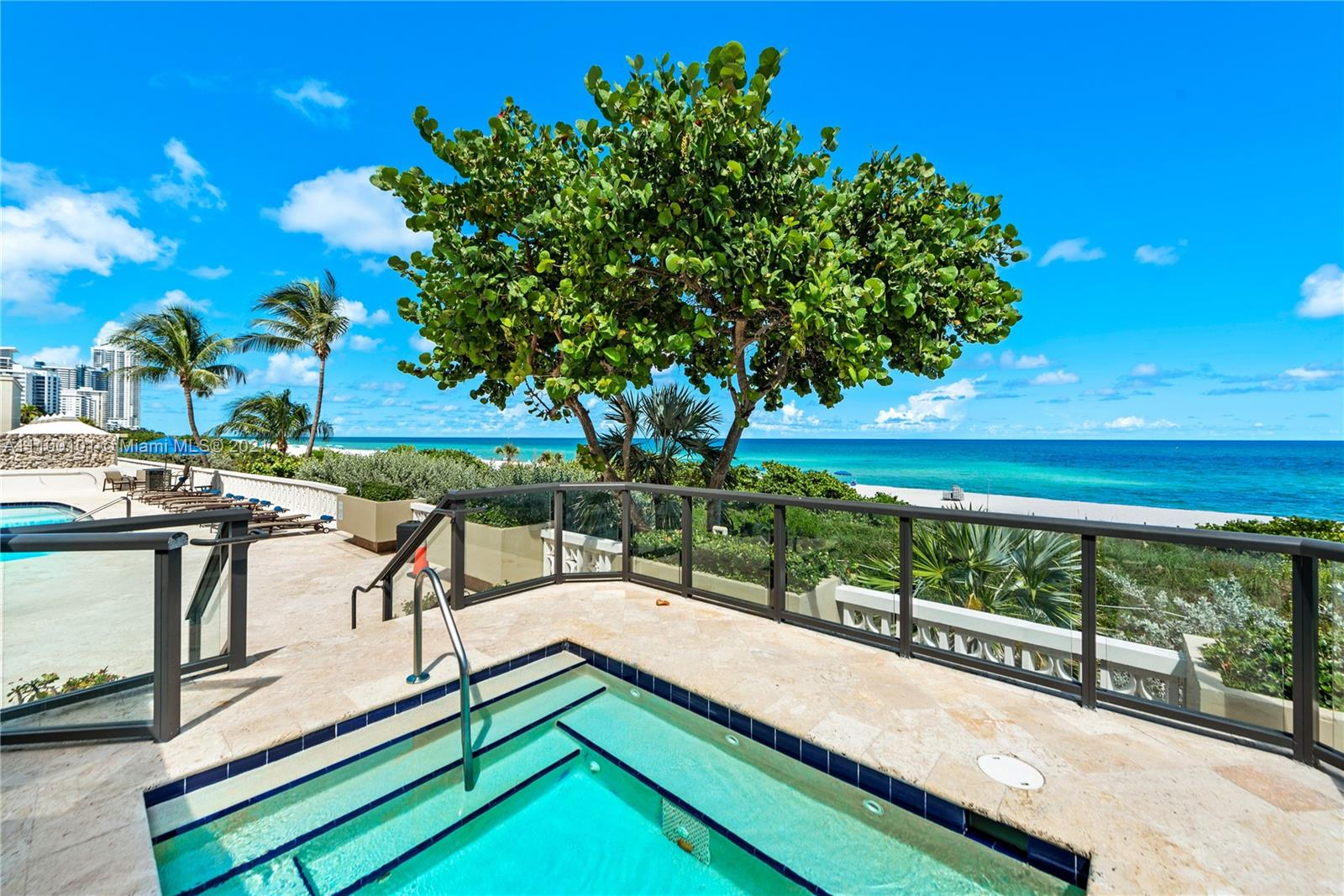 5555 Collins Ave #7F photo027
