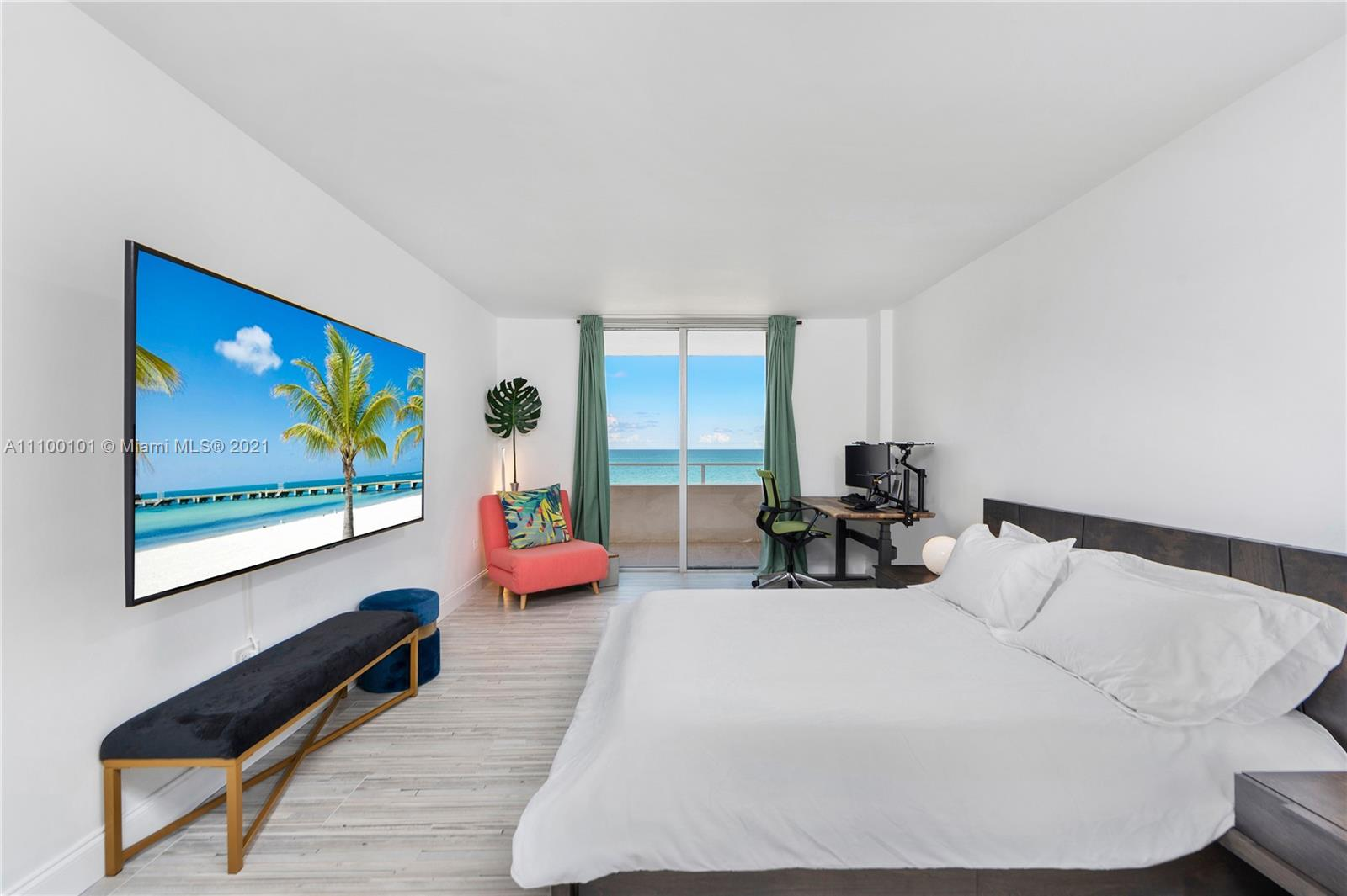 5555 Collins Ave #7F photo013