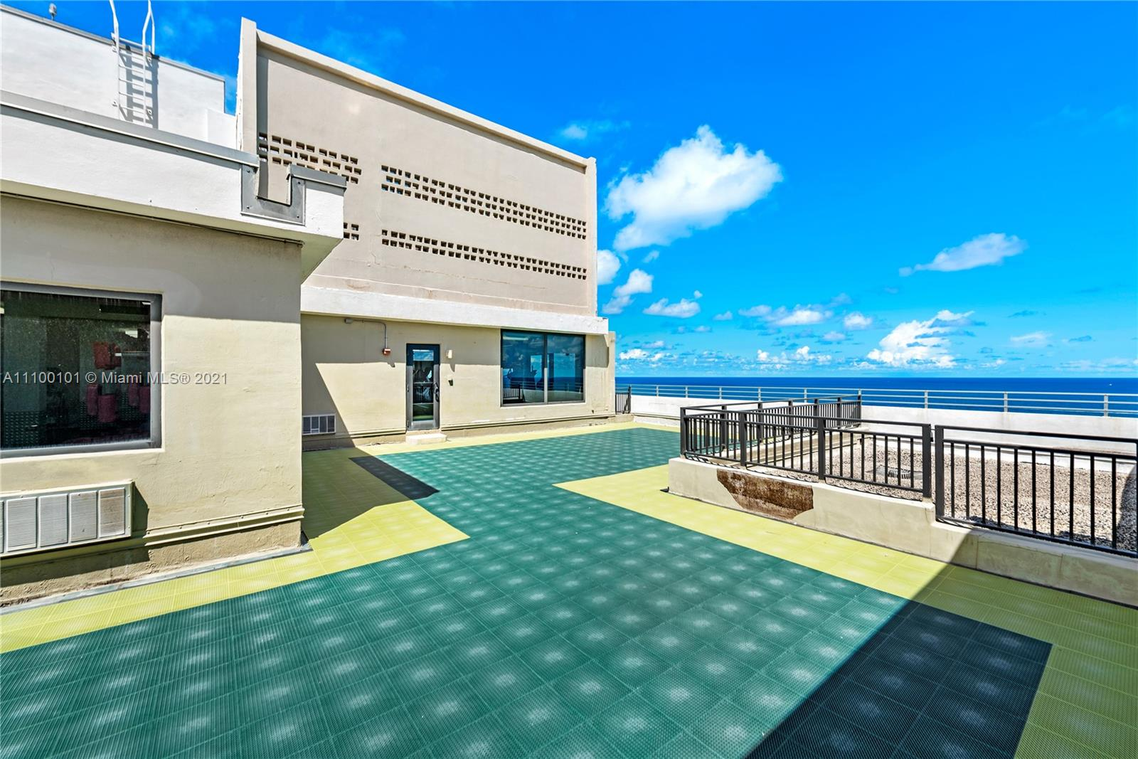 5555 Collins Ave #7F photo036