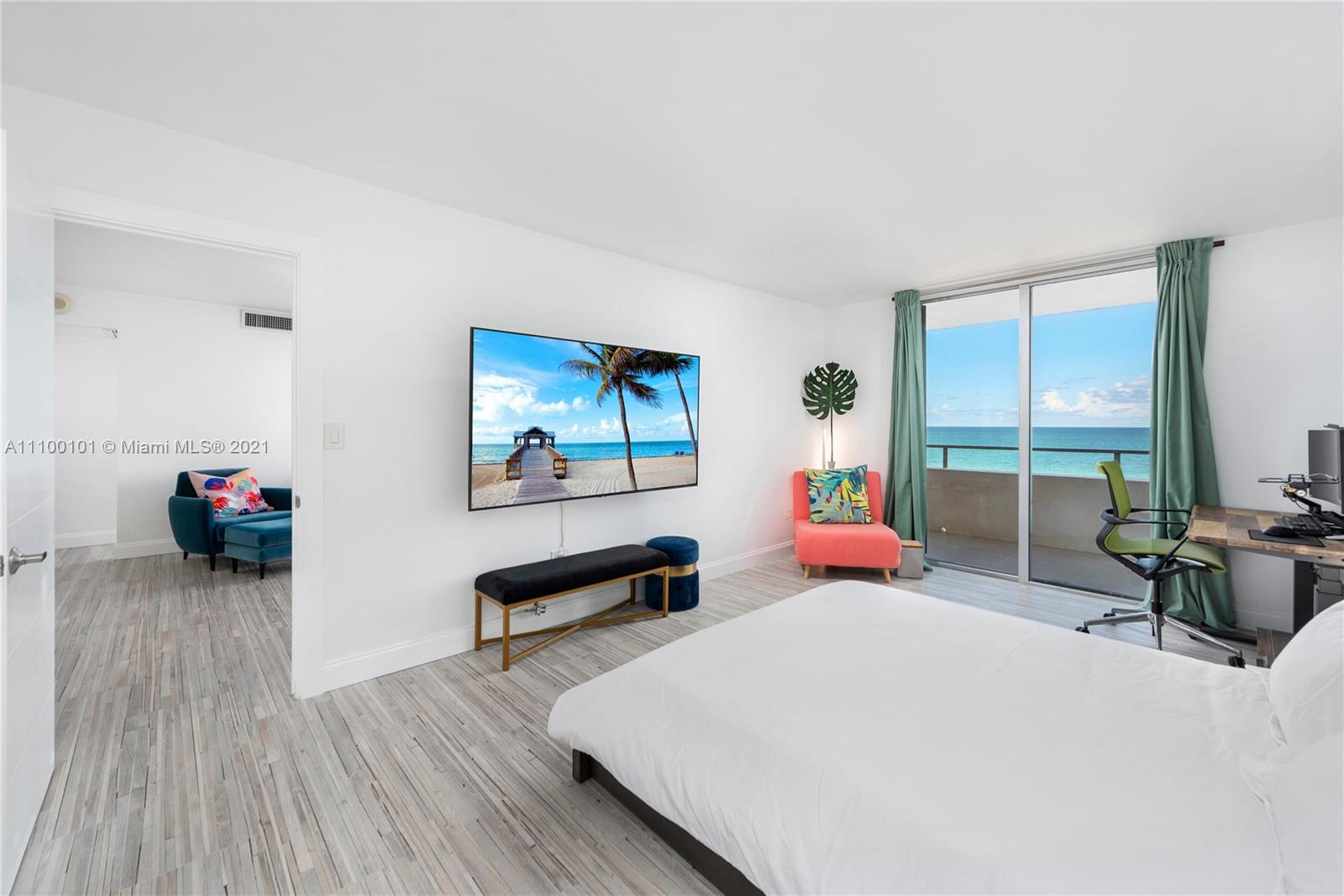 5555 Collins Ave #7F photo018