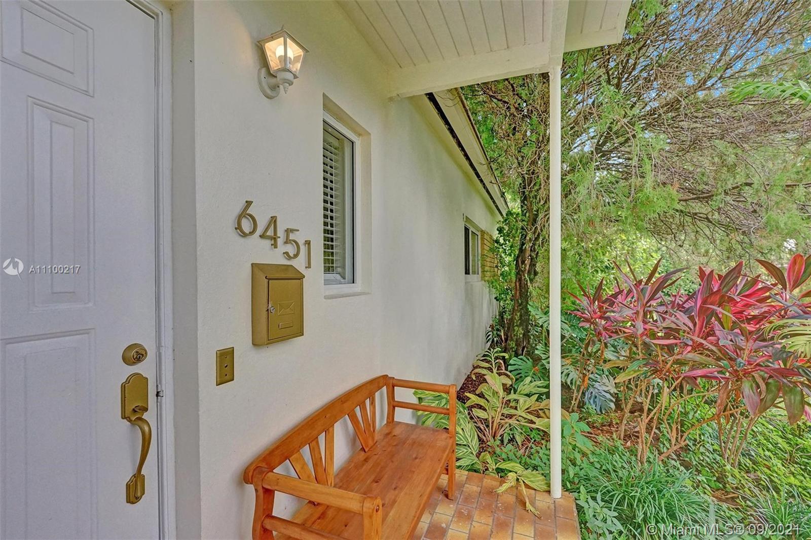 Single Family Home For Sale TAMIAMI ACRES PLAN 21,353 Sqft