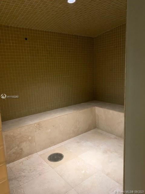 15811 Collins Ave #3305 photo020