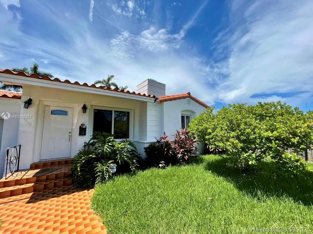 Single Family Home,For Rent,1455 Normandy Dr, Miami Beach, Florida 33141,Brickell,realty,broker,condos near me