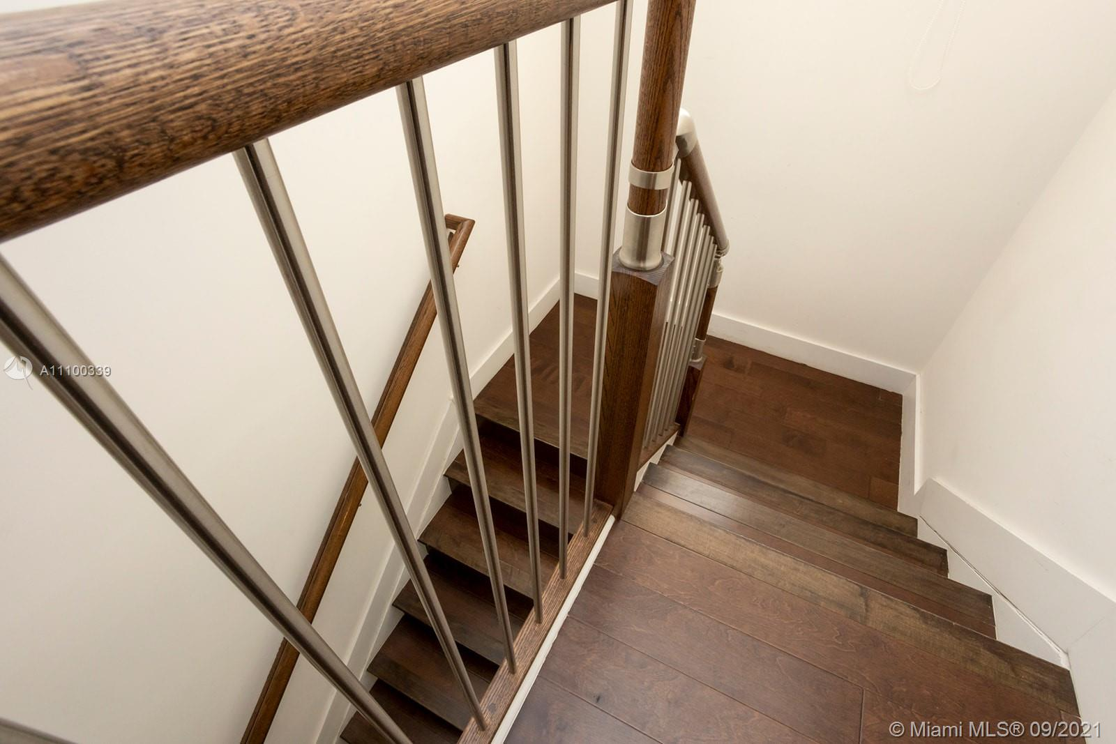 6933 NW 104th Ct photo027