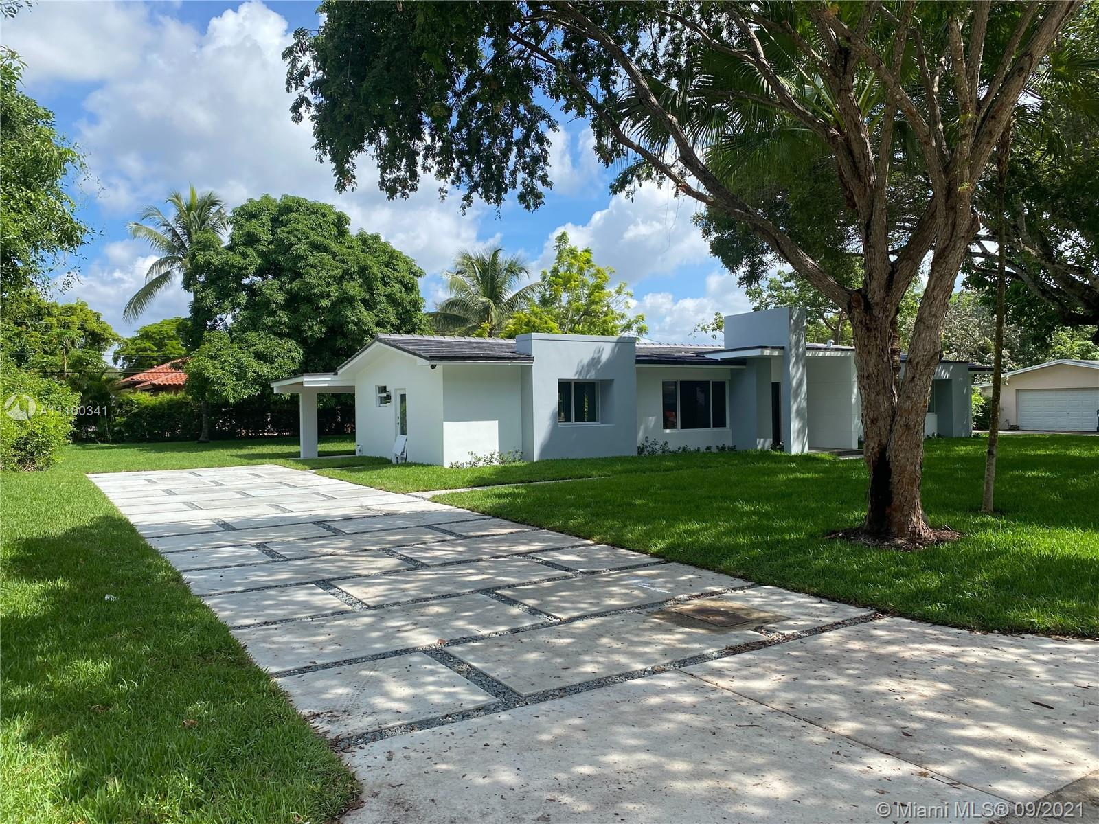 Single Family Home,For Sale,7531 SW 118th St, Pinecrest, Florida 33156,Brickell,realty,broker,condos near me