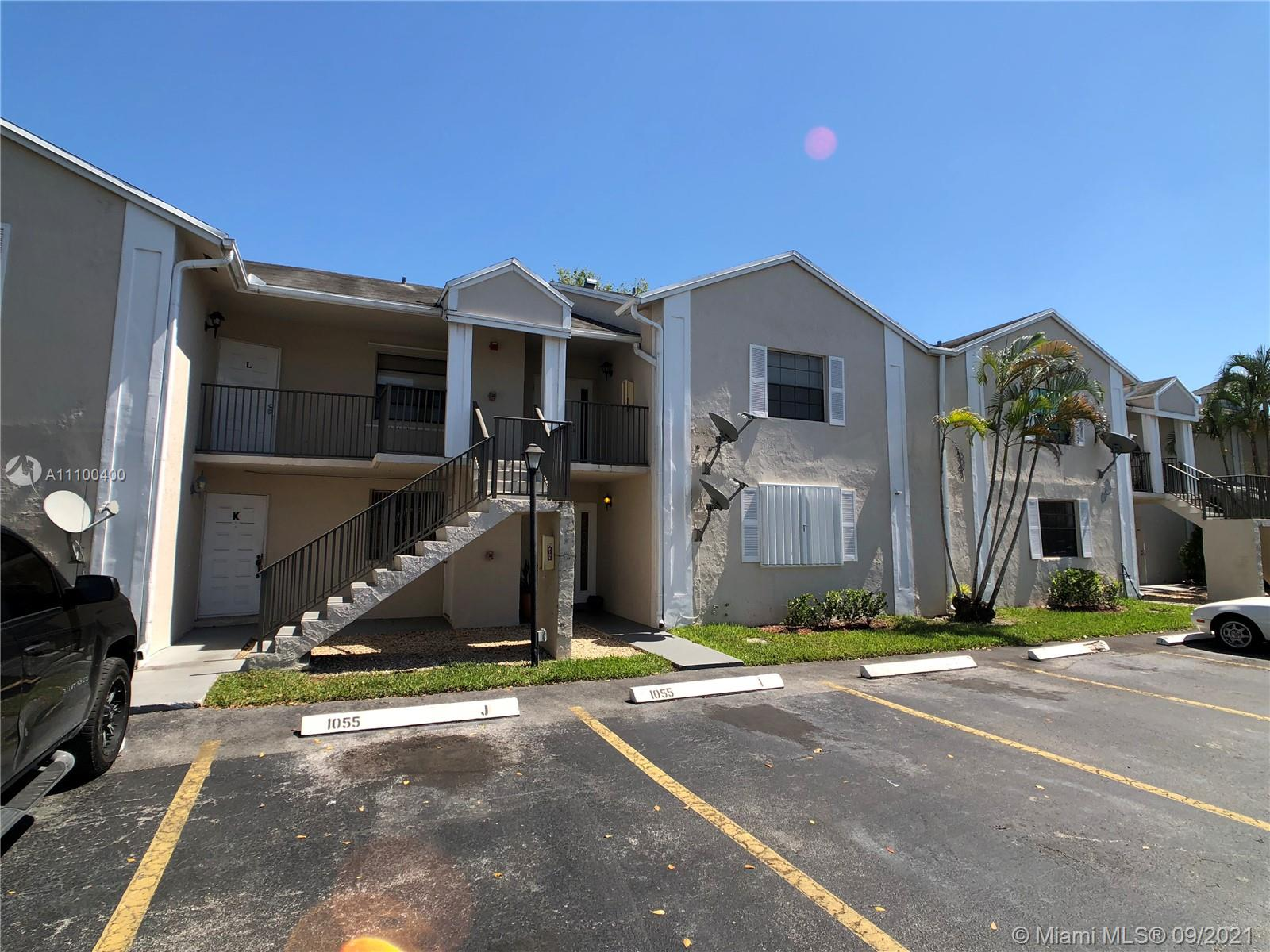 Home For Rent at 960 Sqft