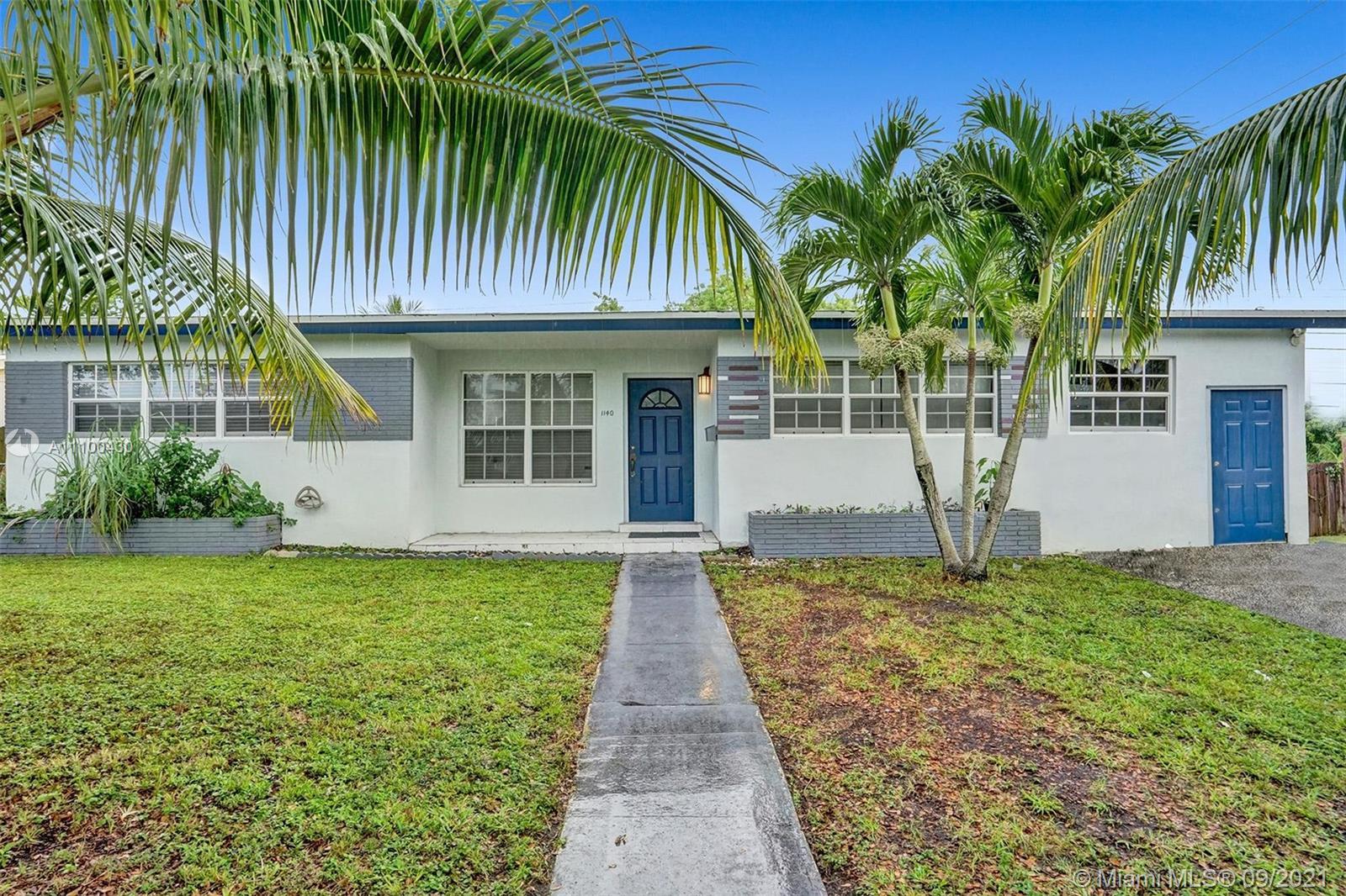 Single Family Home For Sale IVES ESTATES SEC 11,309 Sqft