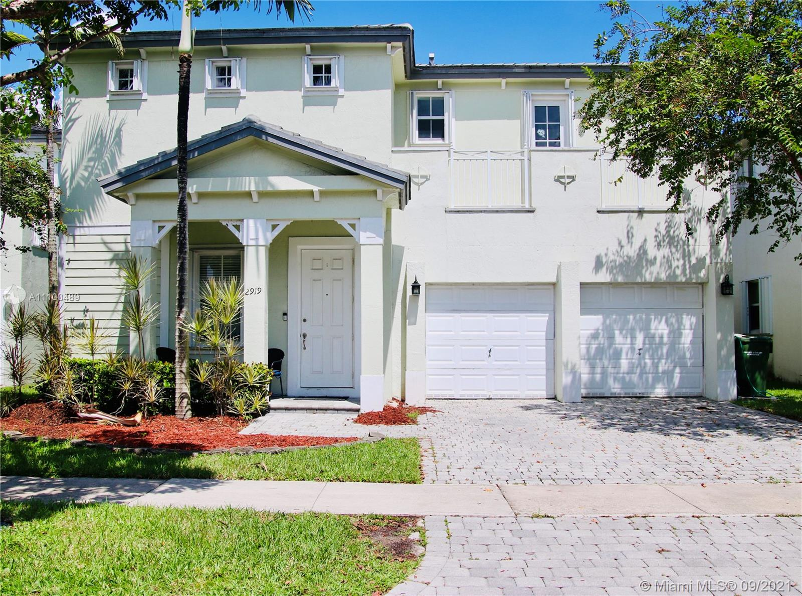 Single Family Home,For Sale,2919 NE 2nd Dr, Homestead, Florida 33033,Brickell,realty,broker,condos near me
