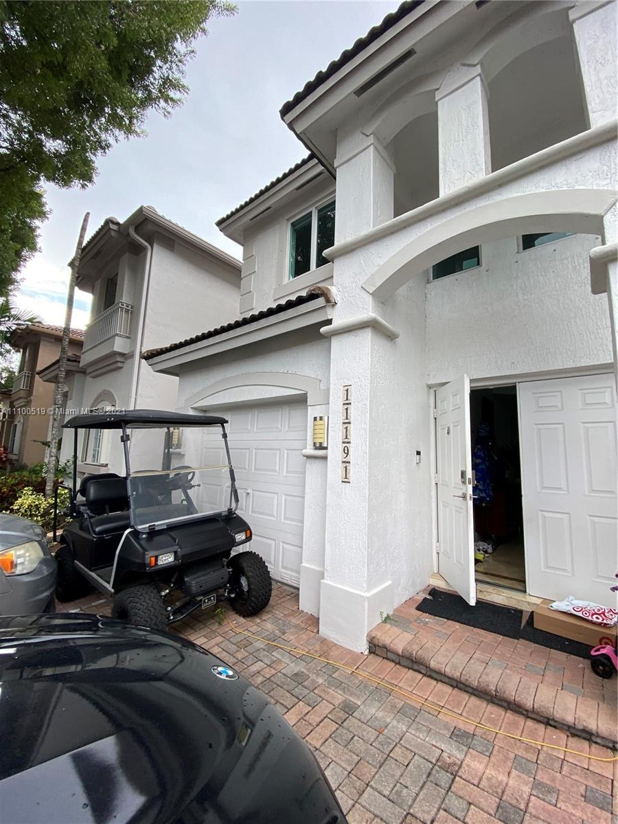 Single Family Home,For Sale,11191 NW 73rd Ter, Doral, Florida 33178,Brickell,realty,broker,condos near me