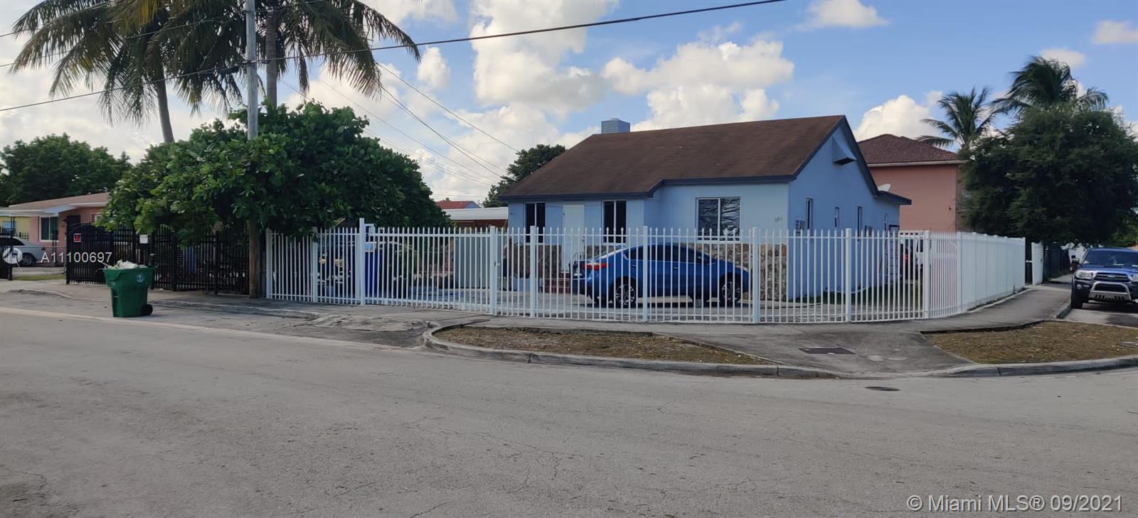 Single Family Home For Sale BON AIRE1,078 Sqft