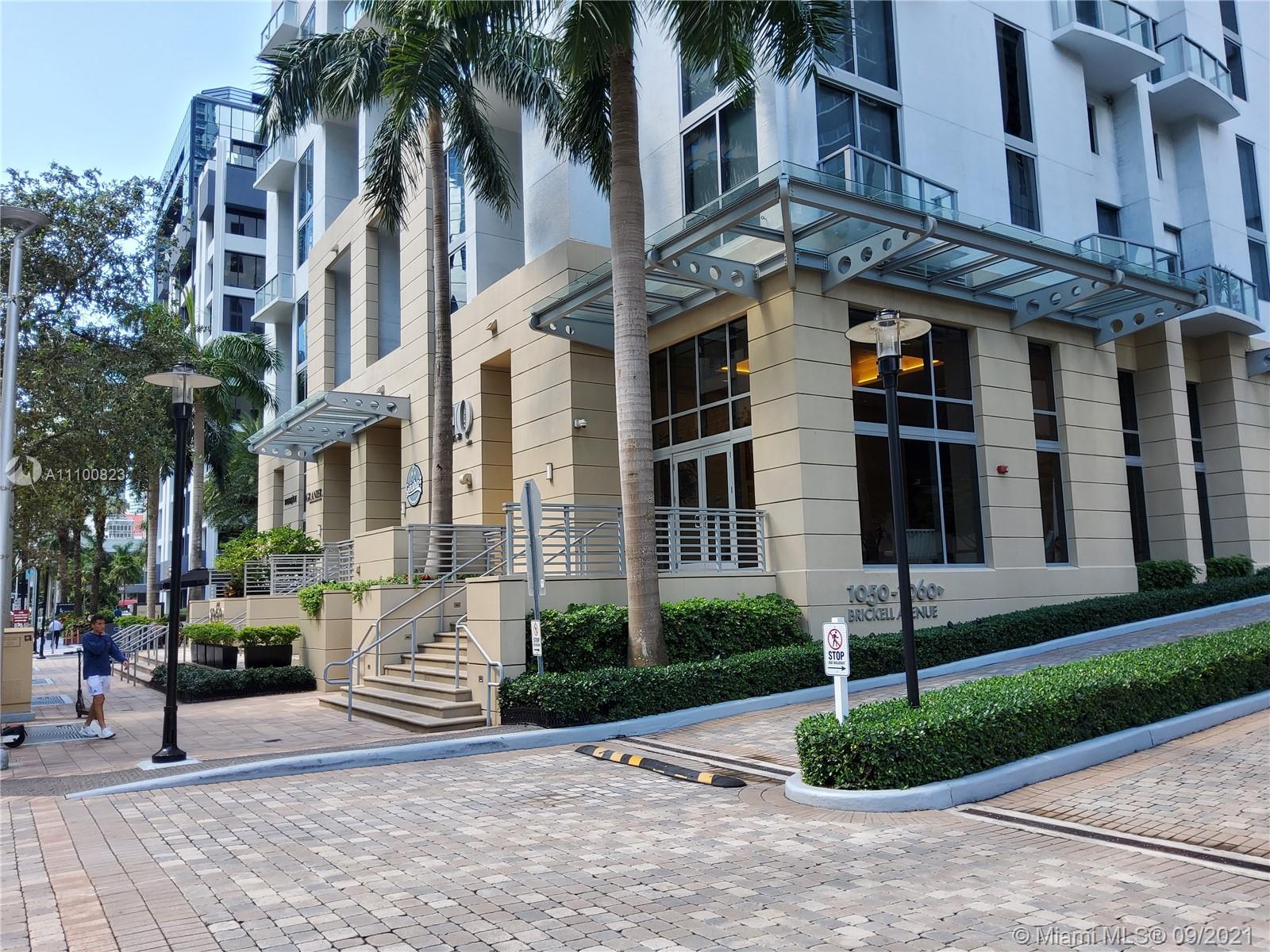 1060 Brickell East Tower #2220 - 1050 Brickell Ave #2220, Miami, FL 33131